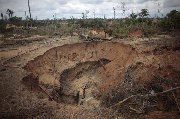 gold mining, Peru, environmental impacts